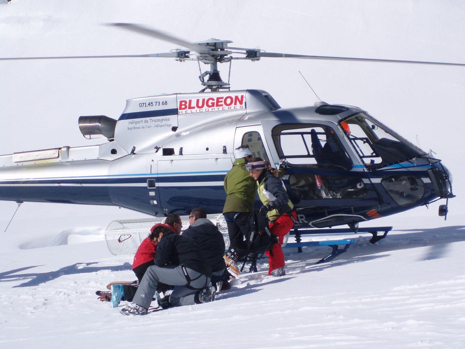 heliski et snowboard autour de chamonix avec un guide de haute montagne sp cialiste du mont. Black Bedroom Furniture Sets. Home Design Ideas